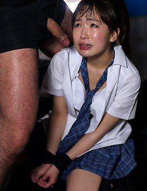 amateur,blowjob,facials,japanese,mana satomi,schoolgirls,teen,vibrator,