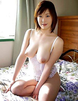 huge boobs,sexy,