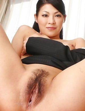 fuck,hairy,hardcore,japanese,milf,pussy,ryo sasaki,upskirt,