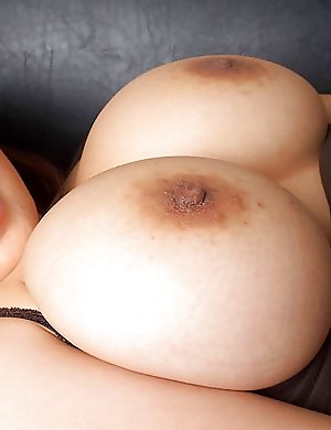 babes,huge boobs,japanese,nude,