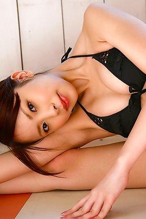 bikini,hot,idols,japanese,lingerie,mayu kanaoka,nonnude,solo,sport,