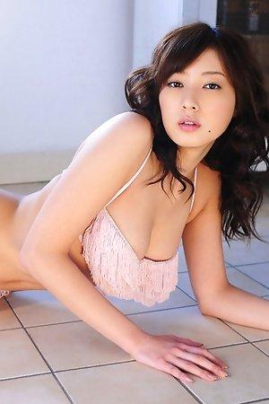 idols,japanese,lingerie,natsuki ikeda,sexy,solo,